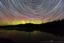 Star trail avec aurore boréale !!